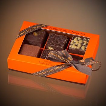 Box of 6 assorted dark chocolate fudge squares